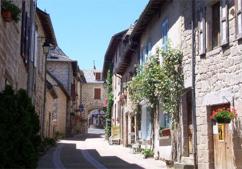 Village Marcoles Cantal